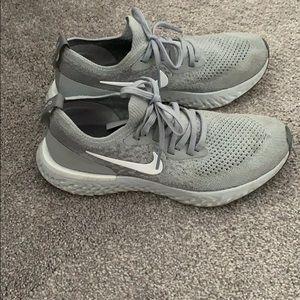 Nike sneakers size 6.5